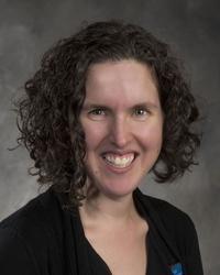 Sharon R Wretzel
