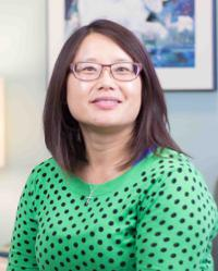 Photo of Linda S. Hung